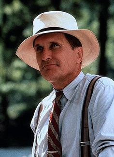 Robert Duvall - from Rambling Rose which is a terrific movie Robert Duvall, Popular People, Famous People, Apocalypse Now, Star Wars, Western Movies, Good Looking Men, American Actors, Film