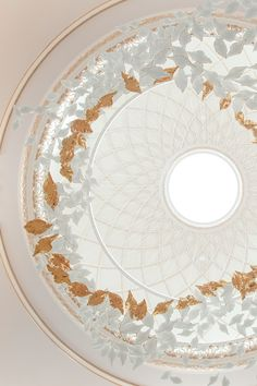 Leaf Fall by Haberdashery is a delicately suspended ceiling sculpture, seen here as a bespoke composition commissioned by SP3 London. Floating porcelain leaves adorn a grand domed ceiling in this Regent's Park residence. Achieved by designing a bespoke lightweight suspension system that complements the dome's skylight and architectural features.  #lightbyhaberdashery #luxurylighting #lightingsculpture #modernluxury #chandeliers #luxurychandelier Luxury Chandelier, Luxury Lighting, Chandeliers, London Design Week, Dome Ceiling, Stoke On Trent, Architectural Features, Haberdashery, 14 Karat Gold