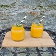 Schneller Wein Slushi mit Mango