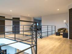 Terrain type: mezzanine railing steel RAL black filling: glass bottom, filling with steel rod handrail: steel fastening: French material: steel RALSee the other railingsHandrail of stairs Wood Railing, Glass Railing, Wrought Iron Stairs, Archi Design, Facade House, Planer, Divider, Loft, Sweet Home