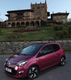 The #Renault #Twingo in Fushcia