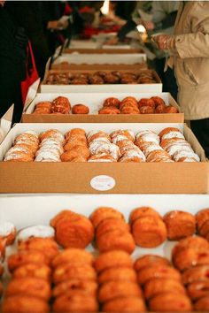Paczki Day!   To celebrate Paczki Day (Fat Tuesday) in Pure Michigan, Joanna Dueweke ofThe Awesome Mittengives us some history behind the holiday along with a roundup of sweet ways to indulge next Tuesday!