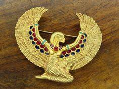 Vintage gold ART DECO EGYPTIAN REVIVAL STYLE TUTANKHAMUN KING ISIS pin brooch FM