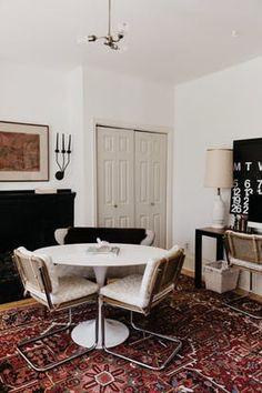loft home tour a modern midtown atlanta rental apartment therapy - Tapis Persan Moderne