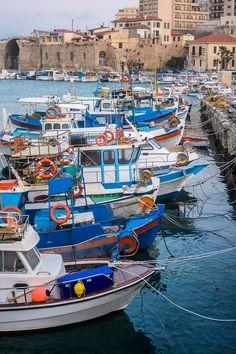 TRAVEL'IN GREECE | Old harbor of Heraklion in #Crete, #Greece, #travelingreece