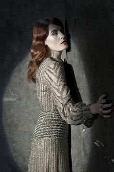 """""""I can see it coming from the edge of the room, creeping in the streetlight."""" #Florence #Ceremonials"""