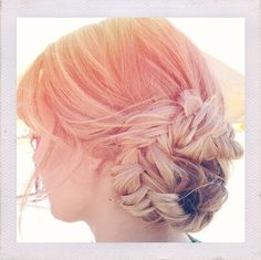 Lauren Conrad's hair dresser is a genius!!!