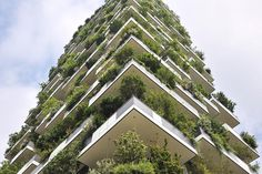 Bosco Verticale - Vertical Forest (Milan /Italy): http://curious-places.blogspot.com/2016/06/bosco-verticale-vertical-forest-milan.html