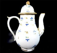 "18TH CENTURY ENGLISH PORCELAIN MINIATURE CHILDS TOY COFFEE POT CORNFLOWER Unmarked.  Size and Weight Measures 11.5cm 4 1/2"" tall. Weighs 115 grams (measurements and weights where specified are approximate)  Condition Displays well. Low grade restorations to spout and cover. £56.99"