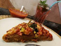Fittness pizza házi paradicsom szósszal #pizza Pizza, Lasagna, Tacos, Mexican, Ethnic Recipes, Food, Essen, Meals, Yemek