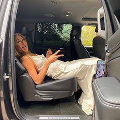 Jennifer Aniston reveals uncomfortable way she stopped SAG Awards dress getting ruined ahead of Brad Pitt reunion Jennifer Aniston 90s, Jennifer Aninston, Rachel Green, Gwyneth Paltrow, Oprah Winfrey, Keanu Reeves, Alexa Chung, Brad Pitt, Ralph Lauren