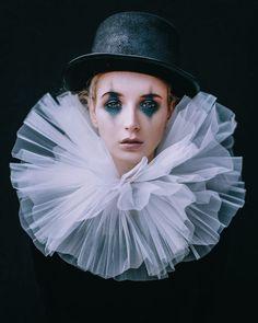 Bildergebnis für vintage circus costumes harlekin