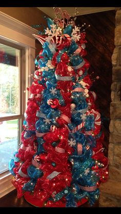 Red, white and turquoise! Pappas-Harwell She's A-mazing! Christmas Tree Dress, Turquoise Christmas, Colorful Christmas Tree, Christmas Tree Themes, Xmas Tree, Winter Christmas, Christmas Tree Decorations, Merry Christmas, Holiday