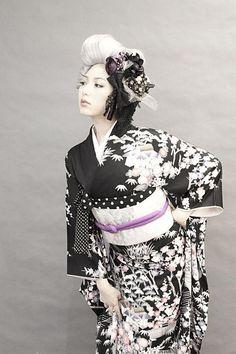 http://ameblo.jp/dalikoneko/entry-11611685231.html ダリヘアデザイン 高島の靭公園から徒然と #geishas