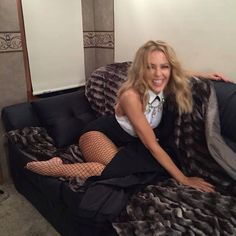 """Kylie Minogue """"Ahhh, back in the van. So thankful! Kylie Minouge, Celebrities In Stockings, Sheryl Crow, Showgirls, Jennifer Aniston, Sexy Feet, Katy Perry, Beautiful Actresses, Sexy Women"""