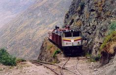 Devil's Nose - La Nariz del Diablo, Ecuador. Craziest train ride ever!