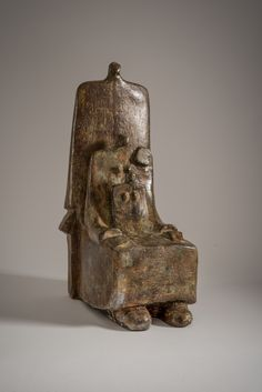Bronze Seated Family - Peter Hayes