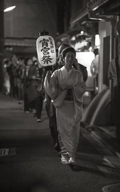 提灯行列 祇園東 gion higashi KYOTO JAPAN