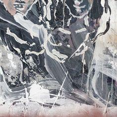 "1,228 次赞、 5 条评论 - Vince (@vince) 在 Instagram 发布:""Qiu Xiaofei: Double Pendulum Exhibition"""