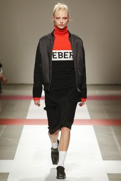 Vogue.com | Ready To Wear 2016 Fall Iceberg Collection