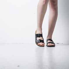 Onyva.ch / La Garconne Shoes  #birkenstock #onyva #onlineshop #shoe #sandals #shoedesign #elegant #chic #switzerland #lagarconneshoes #sandals #summer Camille, Elegant Chic, Birkenstock Arizona, Switzerland, Designer Shoes, Summer, Fashion, Sandals, Branding