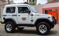 Foto-foto Modifikasi Suzuki Jimny Katana - Gambar.photo Jimny 4x4, Jimny Suzuki, 4x4 Off Road, 3d Printed Jewelry, 4x4 Trucks, Roof Rack, Jeep Life, Katana, Video Photography