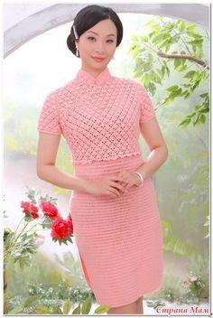 Beautiful crochet dress from a Black Crochet Dress, Crochet Lace, Knit Dress, Mode Crochet, Column Dress, Special Dresses, Crochet Woman, Lace Sheath Dress, Ao Dai