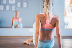 Training workout nike fitness fit pastel colored clothes yoga Sykkeen nostattava lihaskuntotreeni - Start Living Your Best Life | Lily.fi