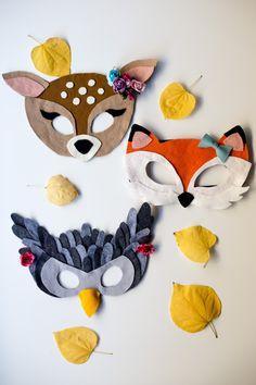 Dierenmaskers gemaakt van vilt zonder dat je daarvoor hoeft te kunnen naaien. Mooie gratis werkbeschrijving van Flax & Twine op Freubelweb.