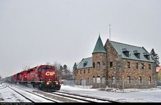 RailPictures.Net Photo: CP 6017 Canadian Pacific Railway EMD SD40-2 at Lacolle, Quebec, Canada by Frank Jolin