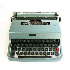 TYPEWRITER OLIVETTI Lettera 32 Underwood aqua by EphemeraAndMore, $210.00
