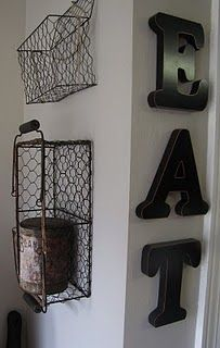wire baskets and EAT sign Vintage Wire Baskets, Metal Baskets, Wire Crate, Eat Sign, Basket Organization, Basket Decoration, Rustic Decor, Diy Home Decor, Sweet Home