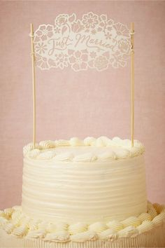 Express Yourself With One of These 20 Typography Cake Toppers   Brit + Co