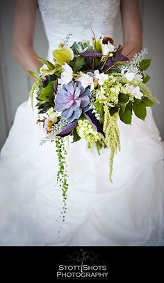 Love this Awesome Bouquet by Blue Daffodil..and great color from Stott Shots!