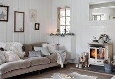 38 Colorful Hygge Living Room Inspiration - How To Hygge - Ideas of How To Hygge - 38 Colorful Hygge Living Room InspirationHow To Hygge Embrace The Cosy Danish Concept with regard to ucwords] Modern Room, Hygge Living Room, Christmas Living Rooms, Living Room Scandinavian, Winter Living Room, Coastal Living Rooms, Danish Living Room, Hygge Living, Interior Design