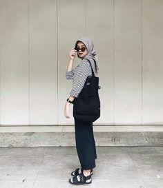 Modest Fashion Hijab, Casual Hijab Outfit, Hijab Chic, Muslim Fashion, Ootd Hijab, Casual Outfits, Fashion Outfits, Girl Hijab, Women's Fashion