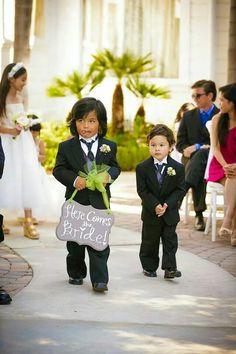 Here cones bride sign