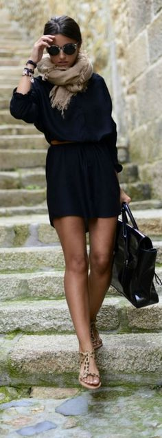 Street style | Navy dress, neutral scarf, sandals, handbag