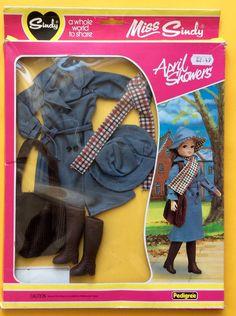SINDY 'APRIL SHOWERS' BOXED PEDIGREE 1982   eBay