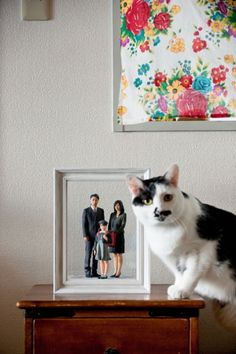 3D printed figures. Reinventing the family portrait. The cat looks like he's wondering why he isn't in the portrait! ☺