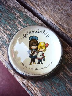 Vintage Paperweight Magnifying Glass Dome by primitivepincushion Glass Paperweights, Glass Domes, Joan Walsh, Magnifying Glass, Friendship Gifts, Paper Weights, Decorative Plates, Great Gifts, Vintage