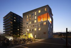 Energy neutral youth housing at the Port of Aarhus,Courtesy of CUBO Arkitekter + TERROIR