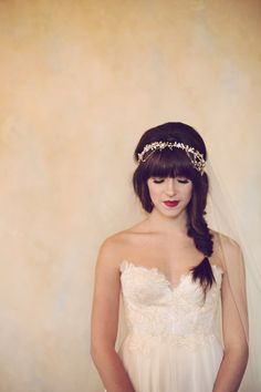 #winterwedding make up idea - photo by Amy Nicole - view more here: http://ruffledblog.com/bohemian-luxe-winter-wedding/