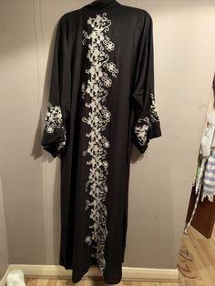 Abaya Khaleeji Style Abaya From Dubai · $29.00 Khaleeji Abaya, Dubai, Kimono Top, Stuff To Buy, Etsy, Women, Style, Fashion, Swag