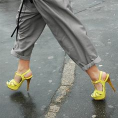 Yves Saint Laurent / Tribute Sandals with rolled loose pants.  love. Street Style (2008), photo by Tommy Ton.