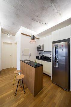 apto poledance: Cozinhas modernas por Casa100 Arquitetura