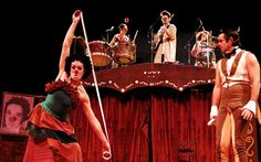 GRUPO TRAMPULIM DE BH NO MUNICIPAL DE UBERLÂNDIA  Grupo Trampulim, de Belo Horizonte, apresenta espetáculo 'Manotas  Musicais' no Teatro Municipal dia 02 de novembro. Ingressos já à venda! O Grupo Trampulim é uma das maiores companhias de circo do Brasil. Criado em 1994, especializou-se na linguagem do palhaço que, aliada à música e à improvisação, formam o que é hoje o eixo artístico do Grupo.