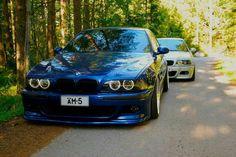 BMW E39 M5 blue E46 M3 white