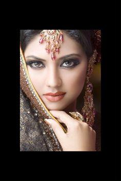 Bridal Make up - Just a glimpse of my new video Bridal Makeup Videos, Bridal Makeup Looks, Pakistani Bridal Makeup, Indian Bridal Fashion, Indian Makeup, Indian Beauty, Arabic Makeup, Indian Bride Poses, Arabian Women
