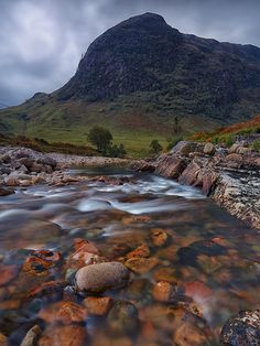 The River Etive at Beinn Mhic Chasgaig, Glevetive, Scotland World Photography, Landscape Photography, Vacation Trips, Dream Vacations, Wonders Of The World, In This World, Beautiful World, Beautiful Places, Glencoe Scotland